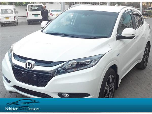 used honda vezel car for sale from world auto spot karachi car id 102 on pakistan car dealers. Black Bedroom Furniture Sets. Home Design Ideas