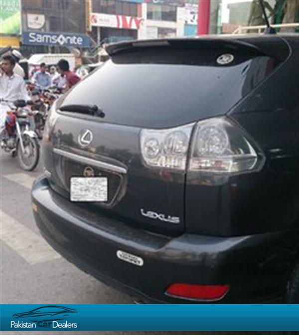 used lexus harrier car for sale from private seller lahore car id 182 on pakistan car dealers. Black Bedroom Furniture Sets. Home Design Ideas