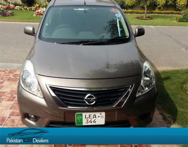 used nissan latio car for sale from private seller lahore car id 53 on pakistan car dealers. Black Bedroom Furniture Sets. Home Design Ideas