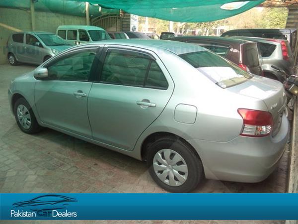 used toyota belta car for sale from private seller karachi car id 211 on pakistan car dealers. Black Bedroom Furniture Sets. Home Design Ideas