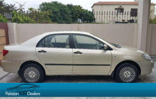 used toyota corolla gli car for sale from private seller lahore car id 125 on pakistan car. Black Bedroom Furniture Sets. Home Design Ideas